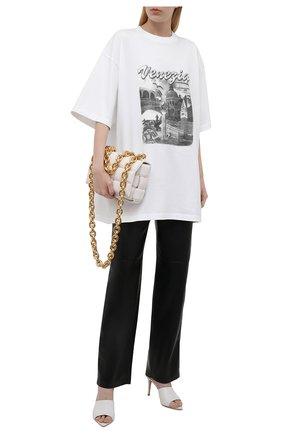 Женская хлопковая футболка BALENCIAGA белого цвета, арт. 651795/TKV88 | Фото 2