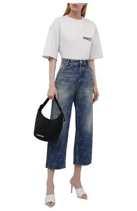 Женская хлопковая футболка BALENCIAGA светло-серого цвета, арт. 641655/TKVJ1 | Фото 2 (Материал внешний: Хлопок; Рукава: Короткие; Стили: Спорт-шик; Принт: С принтом; Длина (для топов): Удлиненные; Женское Кросс-КТ: Футболка-одежда)