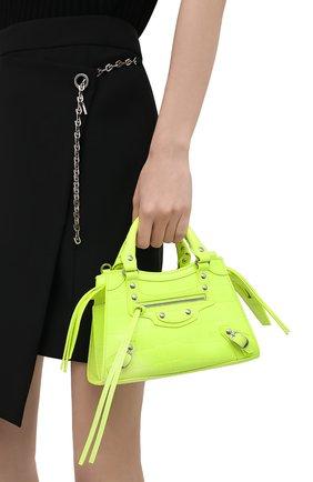 Женская сумка neo classic city mini BALENCIAGA зеленого цвета, арт. 638524/15V9Y | Фото 2 (Ремень/цепочка: На ремешке; Материал: Натуральная кожа; Размер: mini; Сумки-технические: Сумки top-handle)