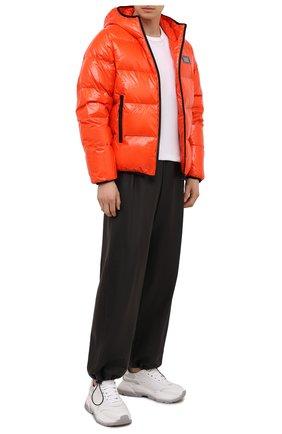 Мужская пуховая куртка DSQUARED2 оранжевого цвета, арт. S74AM1201/S54056 | Фото 2