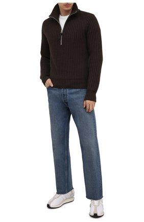 Мужской свитер из кашемира и шерсти TOM FORD коричневого цвета, арт. BYG52/TFK125 | Фото 2 (Материал внешний: Шерсть, Кашемир; Длина (для топов): Стандартные; Рукава: Длинные; Стили: Кэжуэл; Принт: Без принта; Мужское Кросс-КТ: Свитер-одежда)