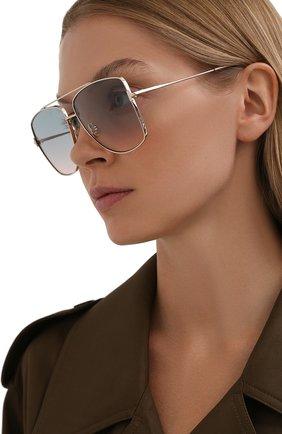 Женские солнцезащитные очки TOM FORD серебряного цвета, арт. TF838 | Фото 2
