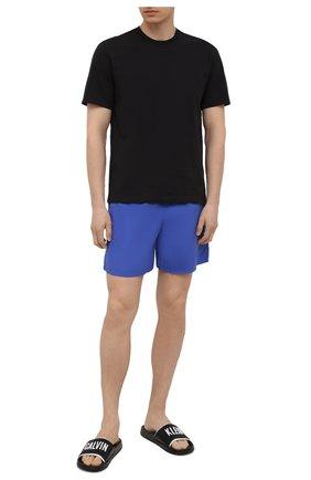Мужские шлепанцы CALVIN KLEIN черного цвета, арт. KM0KM00633   Фото 2 (Материал внешний: Экокожа; Материал внутренний: Текстиль)