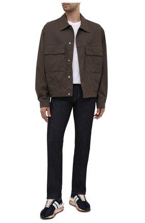 Мужские джинсы EMPORIO ARMANI темно-синего цвета, арт. 8N1J45/1D85Z | Фото 2 (Длина (брюки, джинсы): Стандартные; Материал внешний: Хлопок; Кросс-КТ: Деним; Силуэт М (брюки): Прямые; Стили: Кэжуэл)