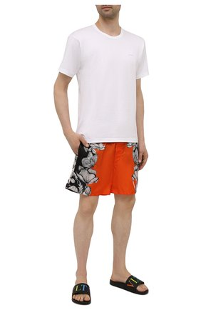 Мужские плавки-шорты VALENTINO оранжевого цвета, арт. WV3UH0287MV | Фото 2 (Материал внешний: Синтетический материал)