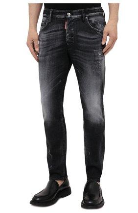 Мужские джинсы DSQUARED2 черного цвета, арт. S74LB0999/S30503 | Фото 3 (Силуэт М (брюки): Узкие; Кросс-КТ: Деним; Длина (брюки, джинсы): Стандартные; Стили: Гранж; Материал внешний: Хлопок; Детали: Потертости)