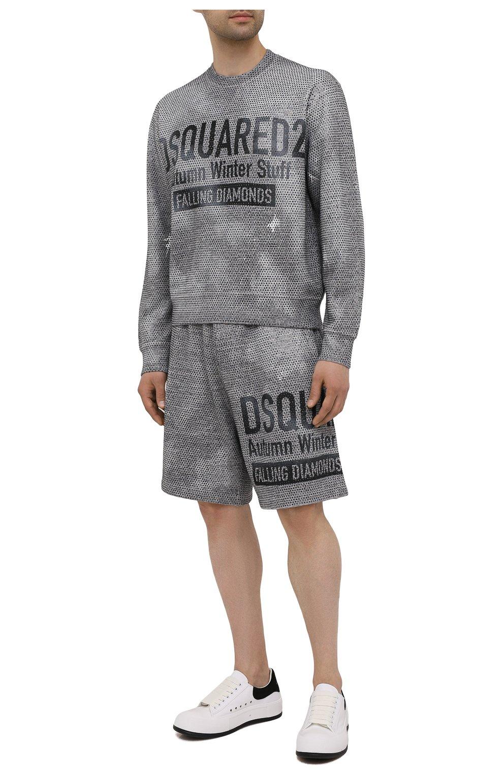 Мужские хлопковые шорты DSQUARED2 серого цвета, арт. S74MU0676/S25477   Фото 2 (Длина Шорты М: До колена; Принт: С принтом; Кросс-КТ: Трикотаж; Материал внешний: Хлопок; Стили: Спорт-шик)