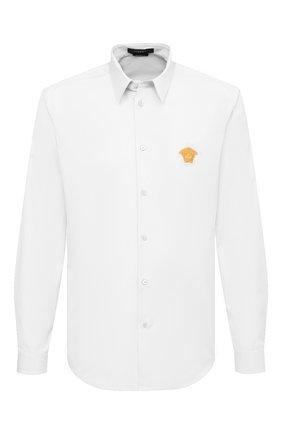 Мужская хлопковая рубашка VERSACE белого цвета, арт. A89273/A232105 | Фото 1 (Материал внешний: Хлопок; Случай: Повседневный; Рукава: Длинные; Рубашки М: Regular Fit; Стили: Кэжуэл; Воротник: Кент; Длина (для топов): Стандартные; Манжеты: На пуговицах; Принт: Однотонные)
