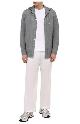 Мужская хлопковая рубашка RALPH LAUREN серого цвета, арт. 790844841 | Фото 2 (Длина (для топов): Стандартные; Рукава: Длинные; Материал внешний: Хлопок; Случай: Повседневный; Стили: Кэжуэл)
