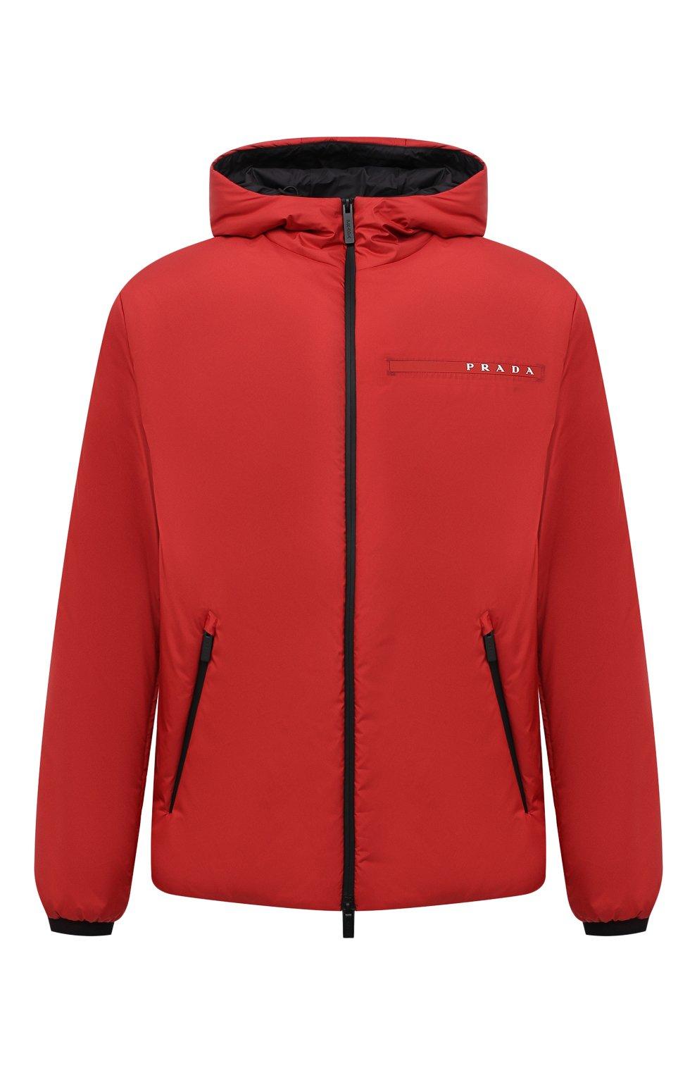 Мужская утепленная куртка PRADA красного цвета, арт. SGB296-1XYW-F0011-192   Фото 1 (Кросс-КТ: Куртка; Мужское Кросс-КТ: пуховик-короткий; Рукава: Длинные; Материал внешний: Синтетический материал; Длина (верхняя одежда): Короткие; Стили: Кэжуэл)