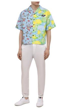 Мужские текстильные кеды PRADA белого цвета, арт. 2EG326-W08-F0009 | Фото 2 (Материал внешний: Текстиль; Подошва: Плоская)