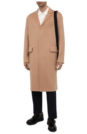 Мужской кашемировое пальто PRADA бежевого цвета, арт. UC465X-1YE6-F0040-211   Фото 2 (Длина (верхняя одежда): До колена; Материал внешний: Шерсть, Кашемир; Рукава: Длинные; Мужское Кросс-КТ: пальто-верхняя одежда; Стили: Классический)