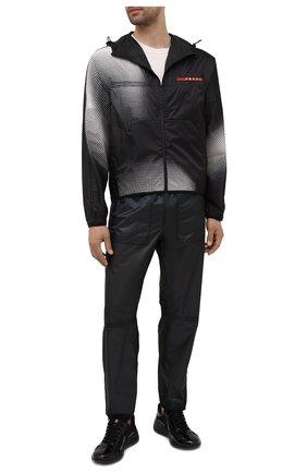Мужская куртка PRADA черного цвета, арт. SGB709-1YHS-F0002-211 | Фото 2