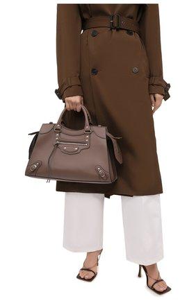 Женская сумка neo classic city BALENCIAGA светло-коричневого цвета, арт. 654907/15Y4Y | Фото 2 (Материал: Натуральная кожа; Сумки-технические: Сумки top-handle; Размер: large; Ремень/цепочка: На ремешке)