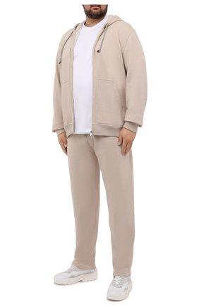 Мужской кашемировый кардиган BRUNELLO CUCINELLI бежевого цвета, арт. MTU069069W | Фото 2