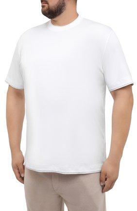Мужская хлопковая футболка BRUNELLO CUCINELLI белого цвета, арт. M0T717427W   Фото 3 (Big sizes: Big Sizes; Принт: Без принта; Рукава: Короткие; Длина (для топов): Удлиненные; Материал внешний: Хлопок; Стили: Кэжуэл)