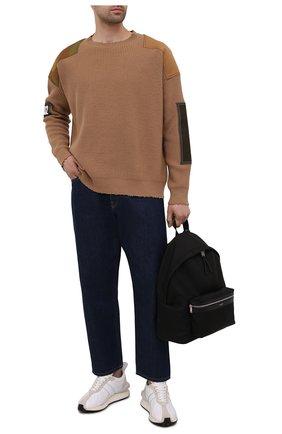 Мужской свитер из шерсти и кашемира DSQUARED2 светло-коричневого цвета, арт. S74HA1177/S17787 | Фото 2 (Рукава: Длинные; Длина (для топов): Стандартные; Материал внешний: Шерсть; Принт: Без принта)