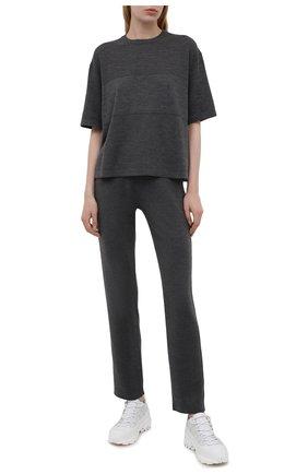 Женские шерстяные брюки LORO PIANA темно-серого цвета, арт. FAL6900 | Фото 2 (Длина (брюки, джинсы): Стандартные; Материал внешний: Шерсть; Женское Кросс-КТ: Брюки-одежда; Стили: Спорт-шик; Силуэт Ж (брюки и джинсы): Прямые, Джоггеры; Кросс-КТ: Трикотаж)