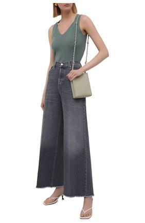 Женские джинсы 7 FOR ALL MANKIND серого цвета, арт. JSZ0R78TGR | Фото 2