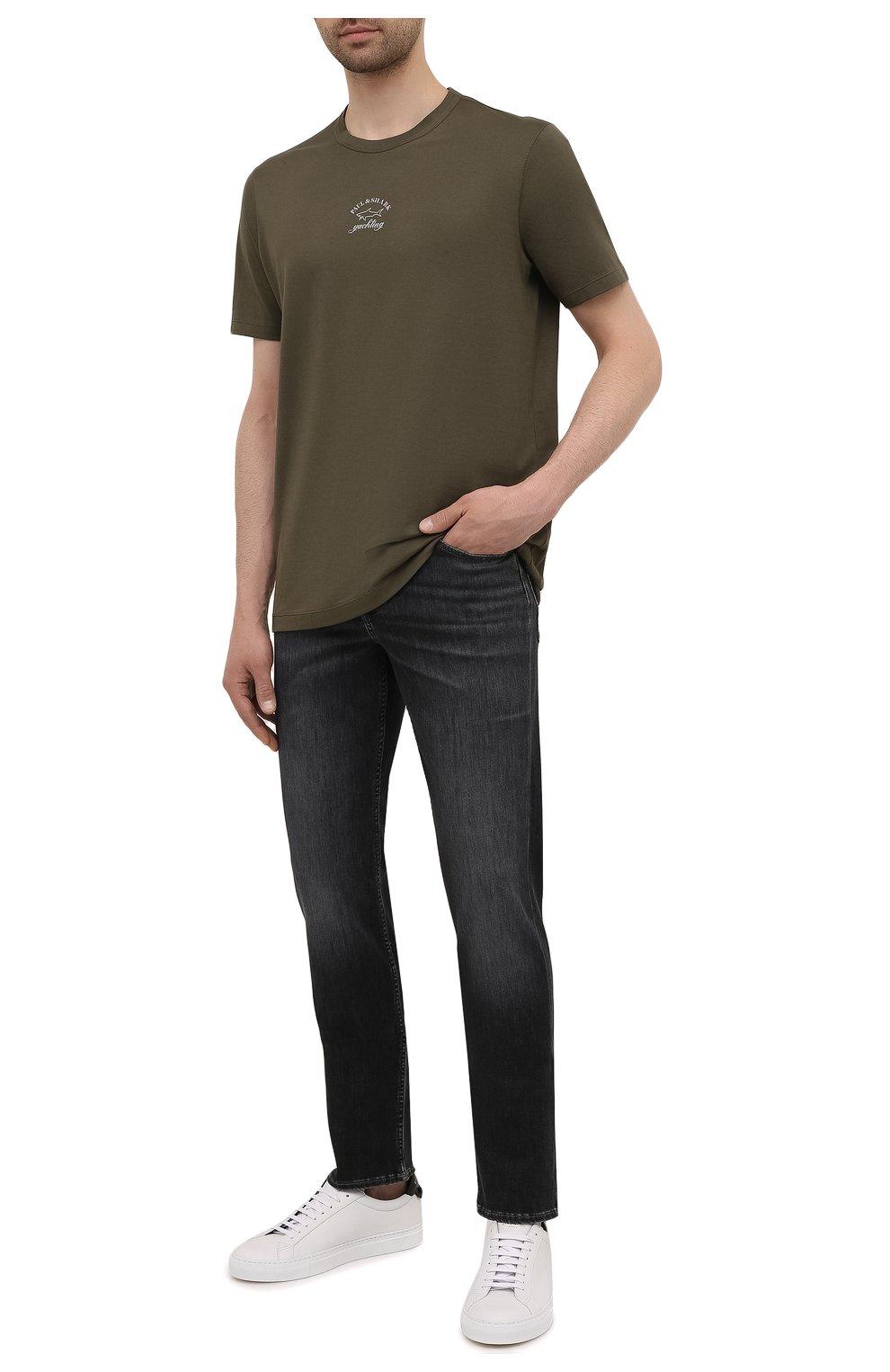 Мужские джинсы 7 FOR ALL MANKIND темно-серого цвета, арт. JSMSB820LG | Фото 2 (Силуэт М (брюки): Прямые; Длина (брюки, джинсы): Стандартные; Материал внешний: Хлопок; Стили: Кэжуэл)
