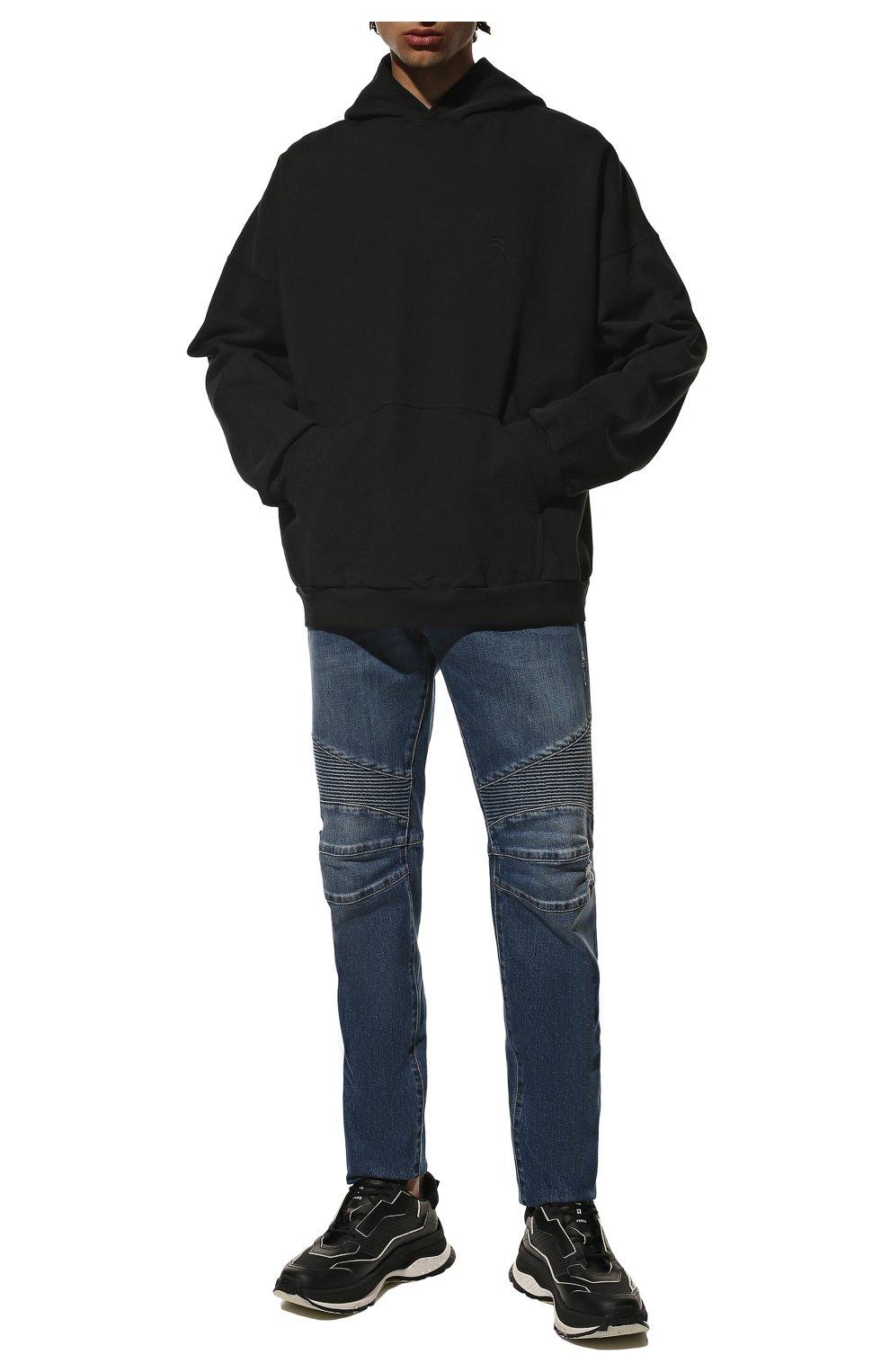 Мужские джинсы BALMAIN синего цвета, арт. WH1MH005/031D   Фото 2 (Силуэт М (брюки): Прямые; Кросс-КТ: Деним; Длина (брюки, джинсы): Стандартные; Стили: Гранж; Материал внешний: Хлопок; Детали: Потертости)
