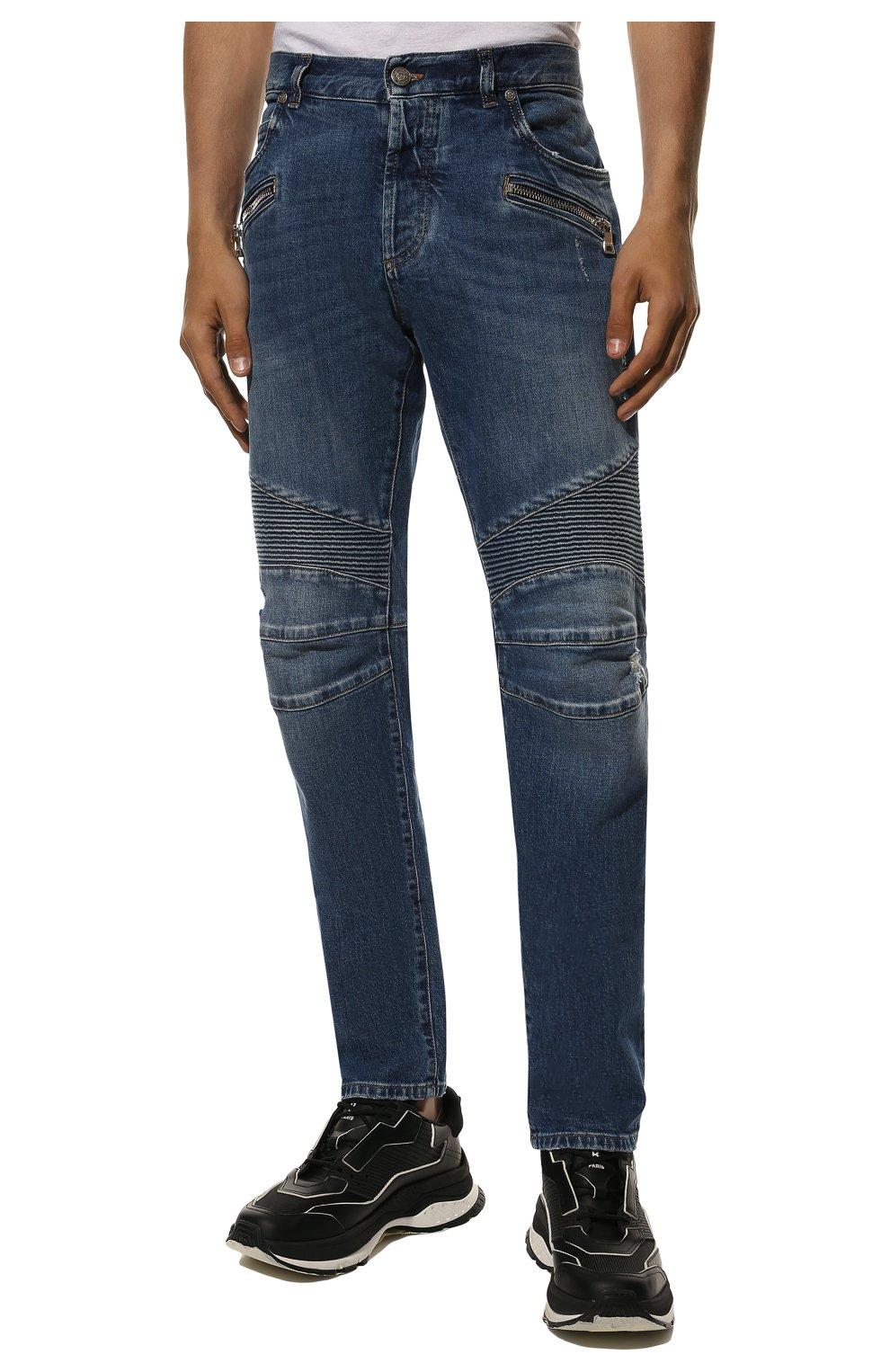 Мужские джинсы BALMAIN синего цвета, арт. WH1MH005/031D   Фото 3 (Силуэт М (брюки): Прямые; Кросс-КТ: Деним; Длина (брюки, джинсы): Стандартные; Стили: Гранж; Материал внешний: Хлопок; Детали: Потертости)