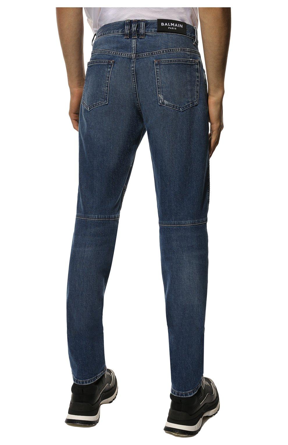Мужские джинсы BALMAIN синего цвета, арт. WH1MH005/031D   Фото 4 (Силуэт М (брюки): Прямые; Кросс-КТ: Деним; Длина (брюки, джинсы): Стандартные; Стили: Гранж; Материал внешний: Хлопок; Детали: Потертости)