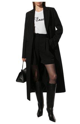 Женская хлопковая футболка DOLCE & GABBANA белого цвета, арт. F8L61T/G7XAZ   Фото 2 (Материал внешний: Хлопок; Длина (для топов): Стандартные; Рукава: Короткие; Стили: Гламурный; Принт: С принтом; Женское Кросс-КТ: Футболка-одежда)