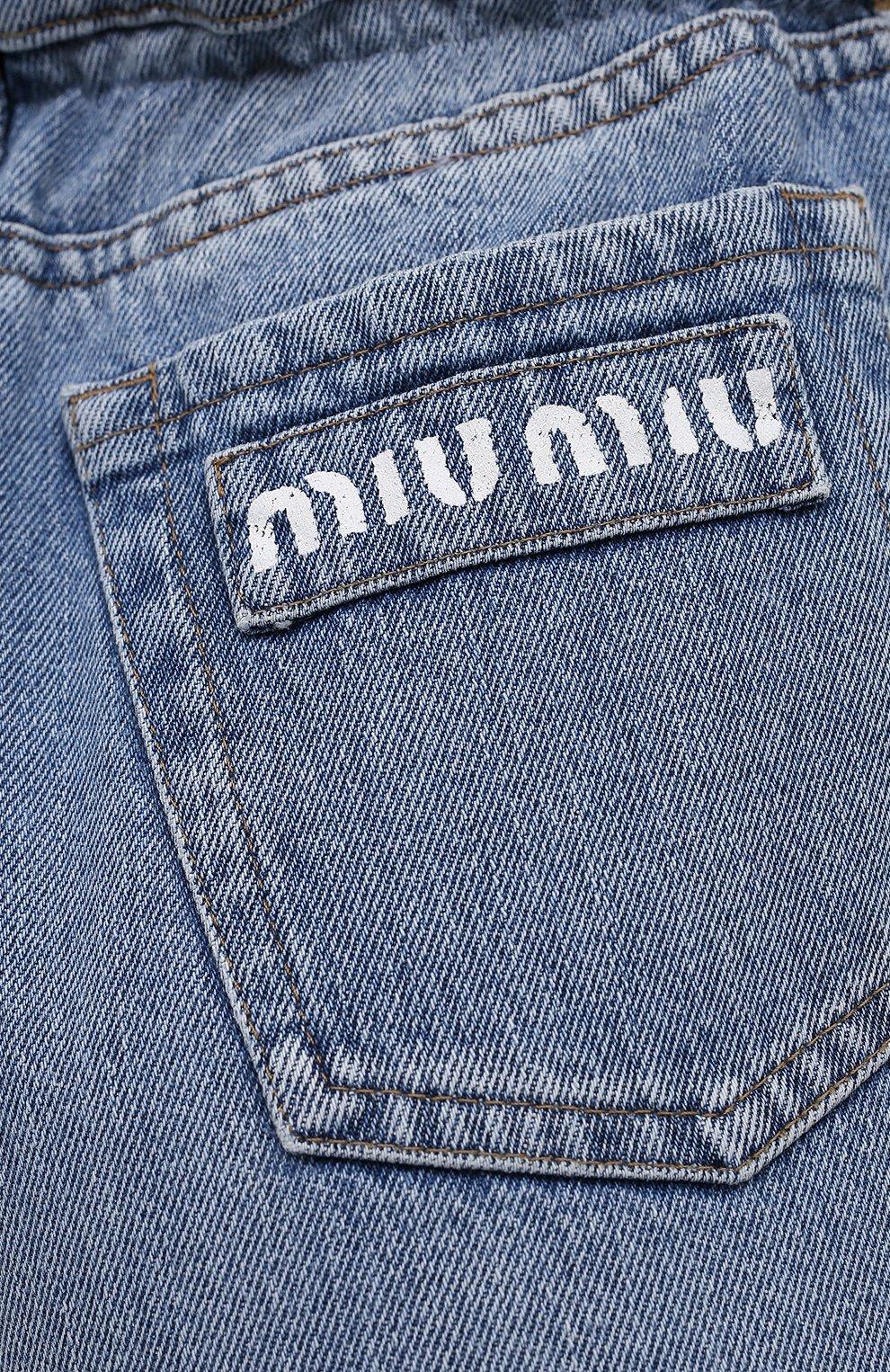 Женские джинсовые шорты MIU MIU голубого цвета, арт. GWP343-1SXP-F0013 | Фото 5 (Женское Кросс-КТ: Шорты-одежда; Стили: Гламурный; Кросс-КТ: Деним; Длина Ж (юбки, платья, шорты): Мини; Материал внешний: Хлопок)