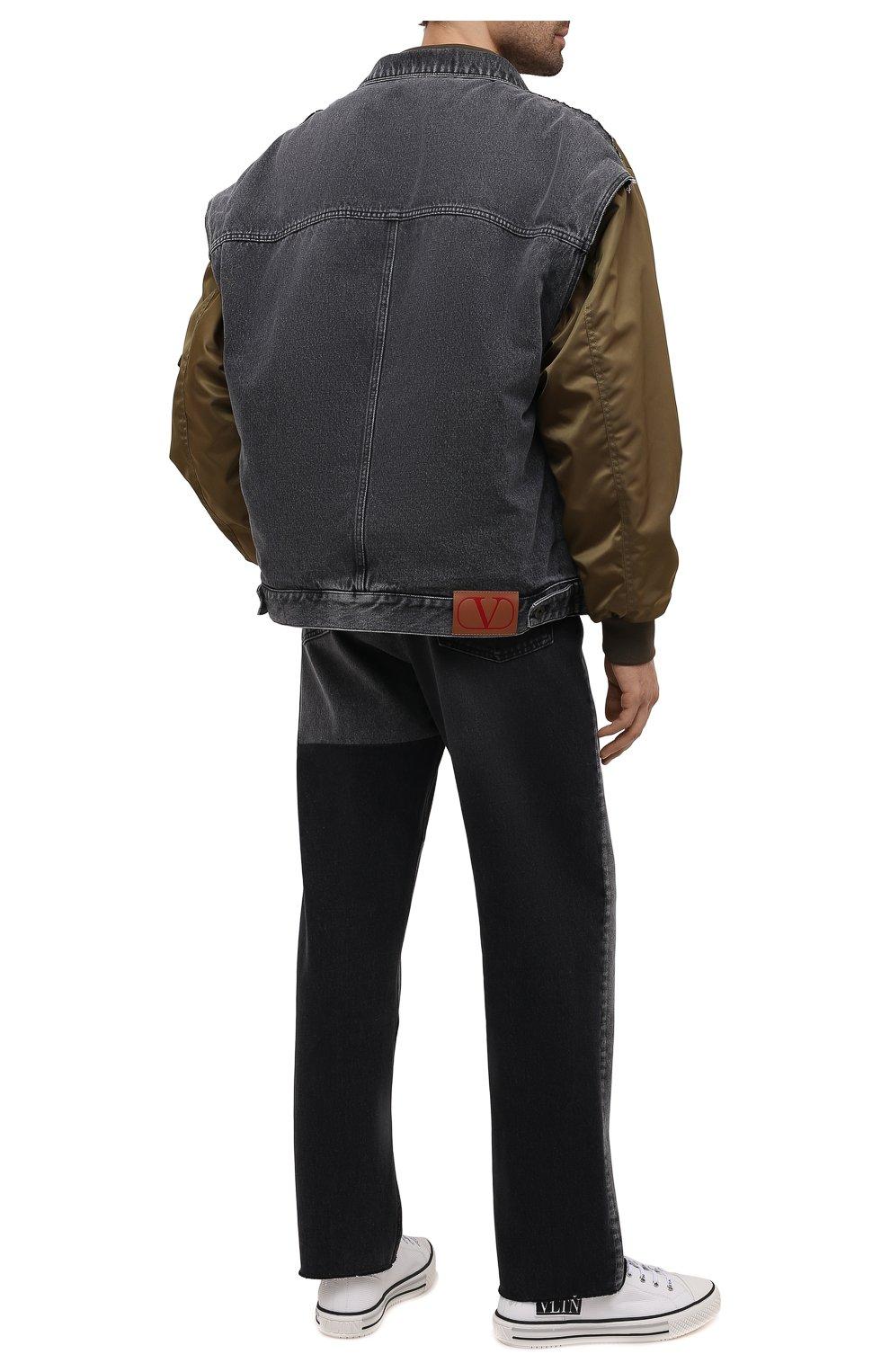 Мужские джинсы VALENTINO серого цвета, арт. WV3DE01U7FU | Фото 2 (Силуэт М (брюки): Прямые; Длина (брюки, джинсы): Стандартные; Материал внешний: Хлопок; Стили: Кэжуэл)