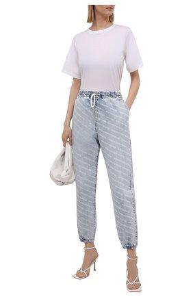 Женские джинсы DENIM X ALEXANDER WANG голубого цвета, арт. 4DC3214996   Фото 2