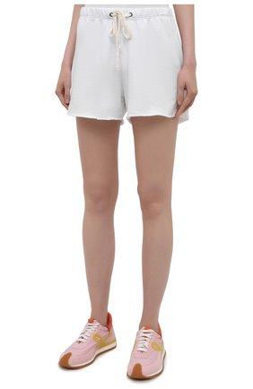 Женские хлопковые шорты JAMES PERSE белого цвета, арт. WXA4288 | Фото 3 (Женское Кросс-КТ: Шорты-одежда; Длина Ж (юбки, платья, шорты): Мини; Материал внешний: Хлопок; Стили: Спорт-шик)