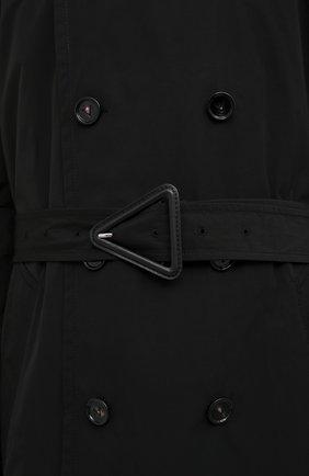Мужской тренч BOTTEGA VENETA черного цвета, арт. 660143/V0Y20 | Фото 5 (Мужское Кросс-КТ: Тренчкот-верхняя одежда; Рукава: Длинные; Материал внешний: Синтетический материал, Хлопок; Материал подклада: Синтетический материал; Длина (верхняя одежда): Длинные; Стили: Кэжуэл)
