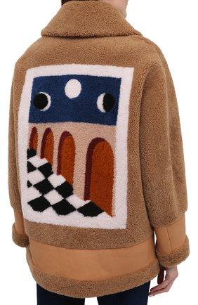Женская дубленка BLANCHA коричневого цвета, арт. 21047/302/42/VAR. CAMMELL0   Фото 4 (Рукава: Длинные; Стили: Гламурный; Материал внешний: Натуральный мех; Длина (верхняя одежда): Короткие)