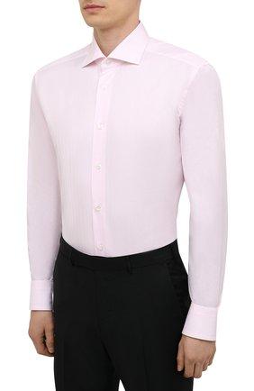 Мужская хлопковая сорочка ZEGNA COUTURE светло-розового цвета, арт. E02302/9NS0LB   Фото 3 (Манжеты: На пуговицах; Рукава: Длинные; Рубашки М: Regular Fit; Воротник: Акула; Длина (для топов): Стандартные; Материал внешний: Хлопок; Стили: Классический; Случай: Формальный; Принт: Однотонные)
