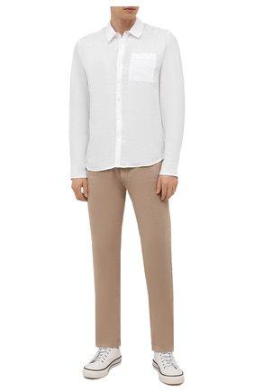 Мужская льняная рубашка JAMES PERSE белого цвета, арт. MJZ3376 | Фото 2 (Материал внешний: Лен; Рубашки М: Regular Fit; Воротник: Кент; Случай: Повседневный; Рукава: Длинные; Стили: Кэжуэл; Длина (для топов): Стандартные; Принт: Однотонные; Манжеты: На пуговицах)