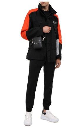 Мужская кожаная сумка VALENTINO черного цвета, арт. WY2B0943/WJW | Фото 2