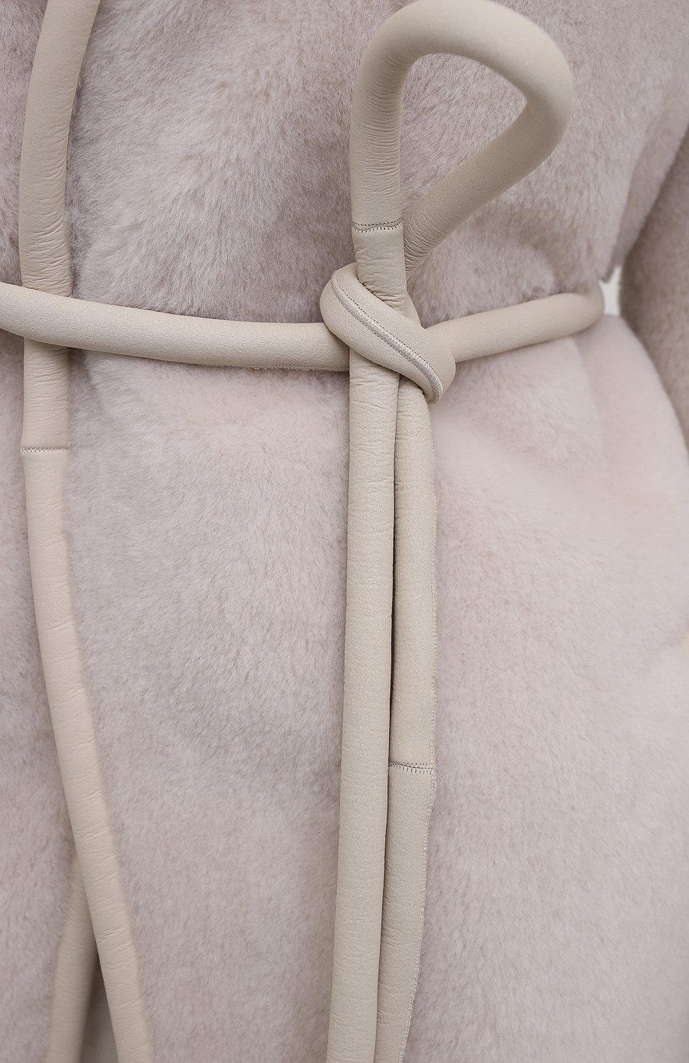 Женская двусторонняя дубленка с отделкой из норки BLANCHA кремвого цвета, арт. 21095/300/20/LATTE   Фото 6 (Женское Кросс-КТ: Мех; Рукава: Длинные; Материал внешний: Натуральный мех; Длина (верхняя одежда): До середины бедра; Стили: Кэжуэл)