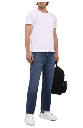 Мужская хлопковая футболка ALEXANDER MCQUEEN белого цвета, арт. 666622/QRZ6A | Фото 2 (Материал внешний: Хлопок; Длина (для топов): Стандартные; Стили: Кэжуэл; Рукава: Короткие; Принт: С принтом)