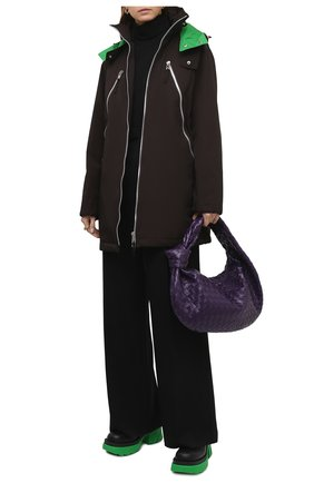 Женская парка BOTTEGA VENETA темно-коричневого цвета, арт. 665716/V03U0   Фото 2 (Материал внешний: Синтетический материал; Стили: Кэжуэл; Рукава: Длинные; Кросс-КТ: Куртка; Материал подклада: Синтетический материал; Длина (верхняя одежда): До середины бедра)
