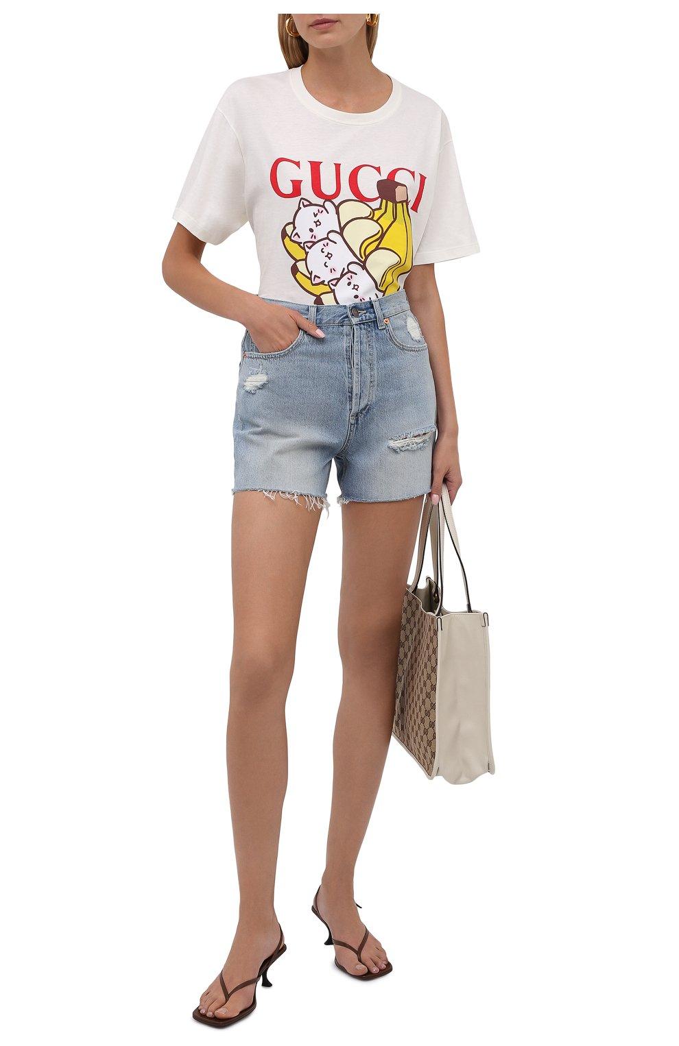 Женские джинсовые шорты GUCCI синего цвета, арт. 638061/XDBPH | Фото 2 (Женское Кросс-КТ: Шорты-одежда; Кросс-КТ: Деним; Длина Ж (юбки, платья, шорты): Мини; Материал внешний: Хлопок; Стили: Спорт-шик)