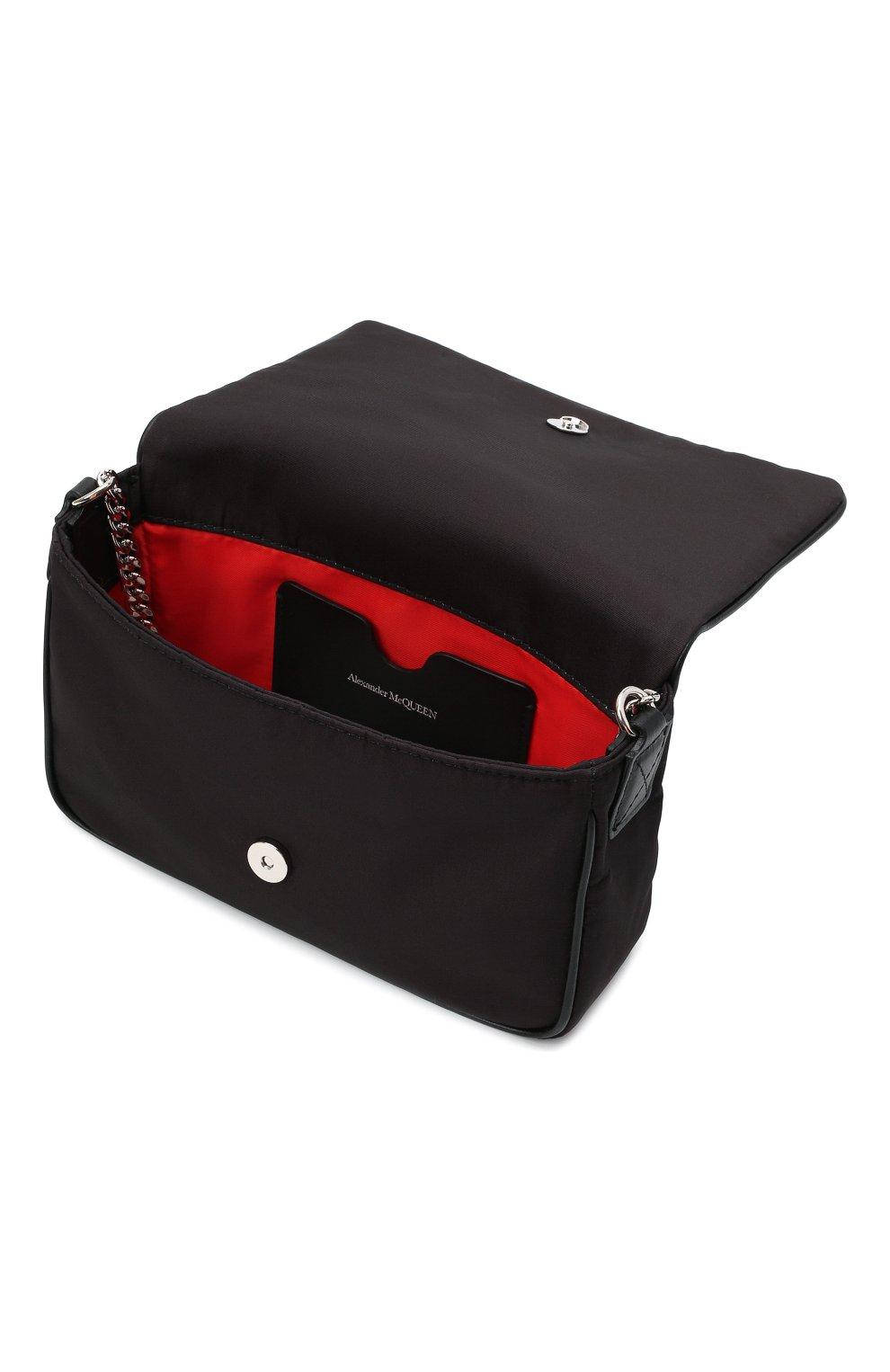 Женская сумка skull ALEXANDER MCQUEEN черного цвета, арт. 666120/16XAB | Фото 4 (Сумки-технические: Сумки через плечо; Размер: mini; Ремень/цепочка: На ремешке; Материал: Текстиль)
