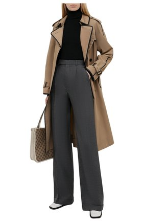 Женские шерстяные брюки SAINT LAURENT темно-серого цвета, арт. 646856/Y7C20 | Фото 2 (Материал внешний: Шерсть; Длина (брюки, джинсы): Удлиненные; Силуэт Ж (брюки и джинсы): Широкие; Женское Кросс-КТ: Брюки-одежда; Стили: Гламурный)
