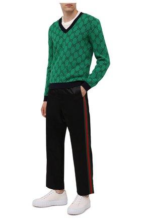 Мужской свитер из шерсти и хлопка GUCCI зеленого цвета, арт. 661155/XKBXI | Фото 2 (Материал внешний: Шерсть, Хлопок; Длина (для топов): Стандартные; Рукава: Длинные; Мужское Кросс-КТ: Свитер-одежда; Принт: С принтом; Стили: Ретро)