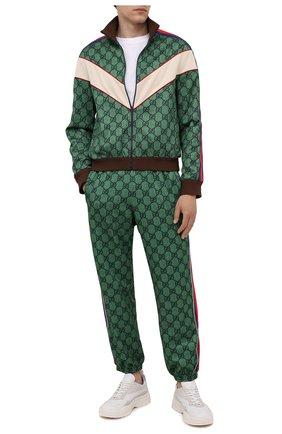 Мужские джоггеры GUCCI зеленого цвета, арт. 655146/XJDF0 | Фото 2 (Материал внешний: Синтетический материал, Хлопок; Длина (брюки, джинсы): Стандартные; Силуэт М (брюки): Джоггеры; Материал подклада: Синтетический материал; Стили: Ретро)