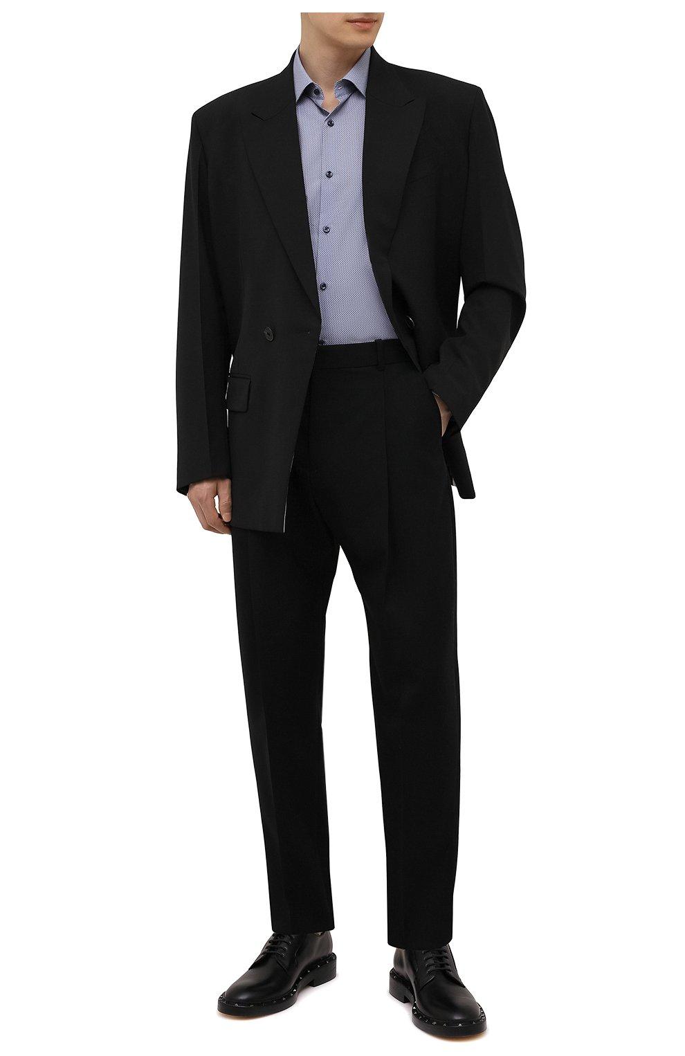 Мужская хлопковая сорочка HUGO темно-синего цвета, арт. 50456077   Фото 2 (Манжеты: На пуговицах; Воротник: Кент; Рукава: Длинные; Рубашки М: Regular Fit; Длина (для топов): Стандартные; Принт: С принтом; Материал внешний: Хлопок; Стили: Классический; Случай: Формальный)