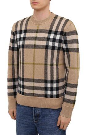 Мужской кашемировый свитер BURBERRY бежевого цвета, арт. 8041286 | Фото 3 (Материал внешний: Шерсть, Кашемир; Рукава: Длинные; Длина (для топов): Стандартные; Принт: С принтом; Мужское Кросс-КТ: Свитер-одежда; Стили: Кэжуэл)