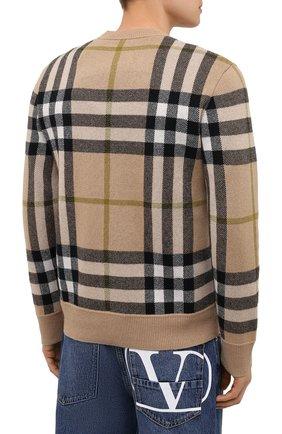 Мужской кашемировый свитер BURBERRY бежевого цвета, арт. 8041286 | Фото 4 (Материал внешний: Шерсть, Кашемир; Рукава: Длинные; Длина (для топов): Стандартные; Принт: С принтом; Мужское Кросс-КТ: Свитер-одежда; Стили: Кэжуэл)