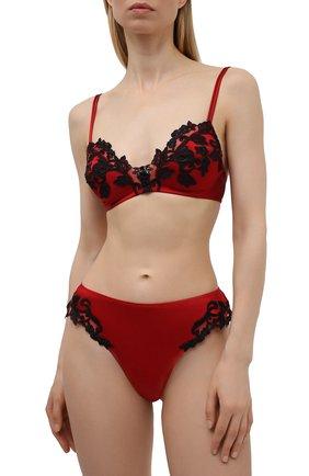 Женские трусы-стринги LA PERLA красного цвета, арт. 0019222/0290 | Фото 2 (Материал внешний: Шелк)