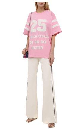 Женская хлопковая футболка GUCCI розового цвета, арт. 660744/XJDKM | Фото 2 (Материал внешний: Хлопок; Рукава: Короткие; Стили: Спорт-шик; Женское Кросс-КТ: Футболка-одежда; Длина (для топов): Удлиненные; Принт: С принтом)